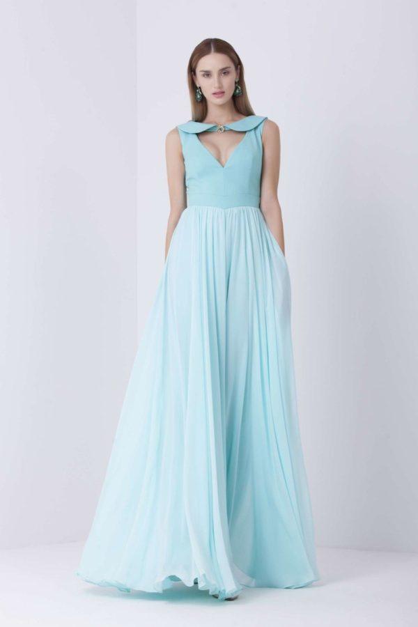 выпускное платье 9 класса: Пышное голубое длинное