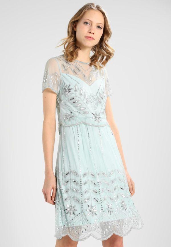 выпускное платье 9 класса: Прозрачное голубое