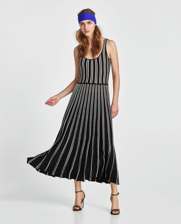 платья на выпускной 2019: черное в белую линию