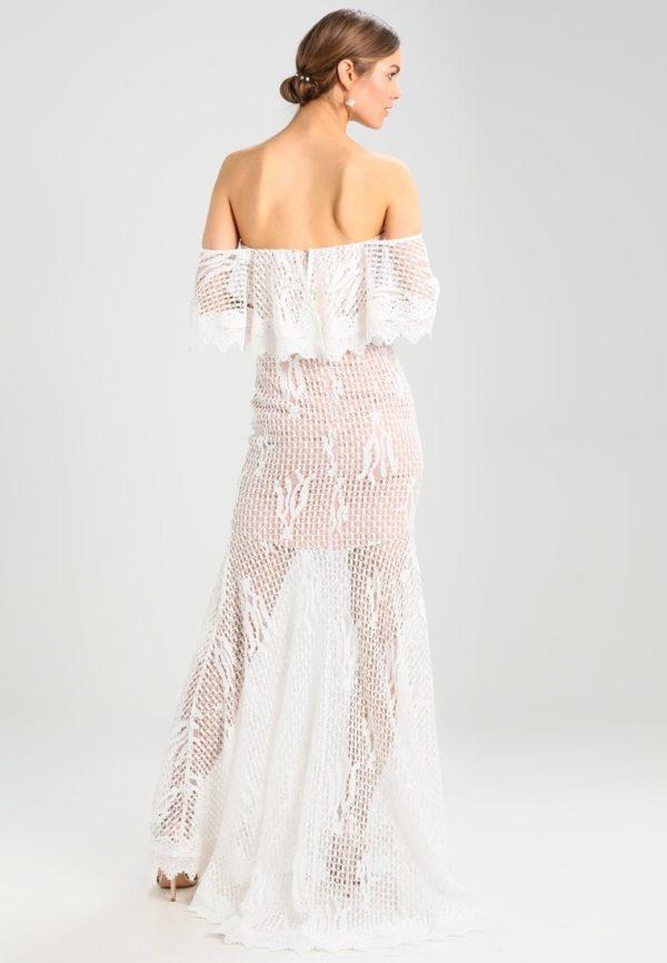платья на выпускной: В сеточку белое с открытой спиной