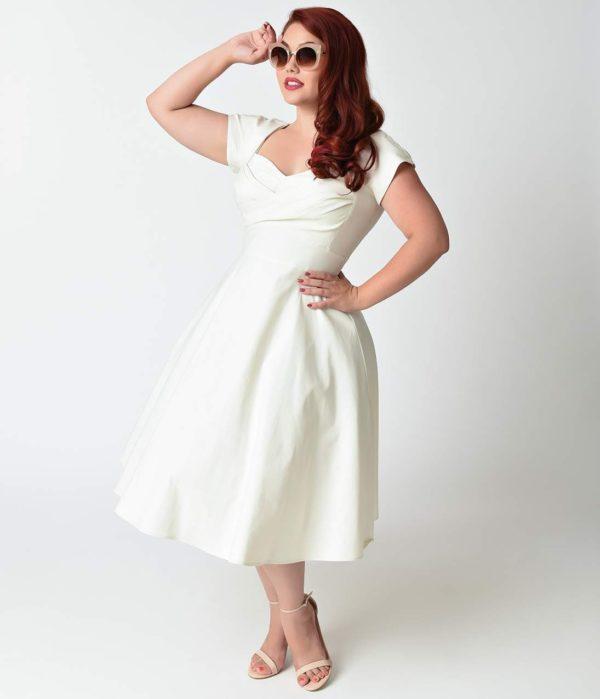 выпускное платье: белое ретро