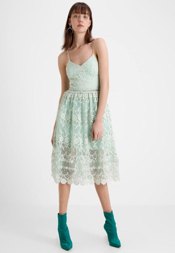 выпускное платье: Коктейльное салатовое
