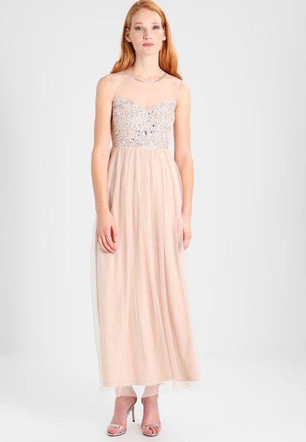 выпускное платье: розовое плиссе со стразами