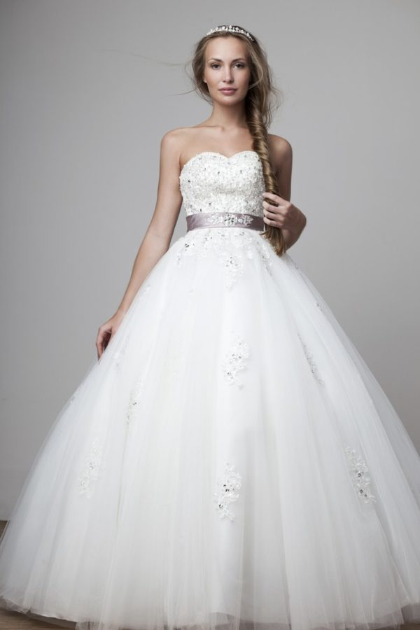 Свадебная мода 2019-2020: платья