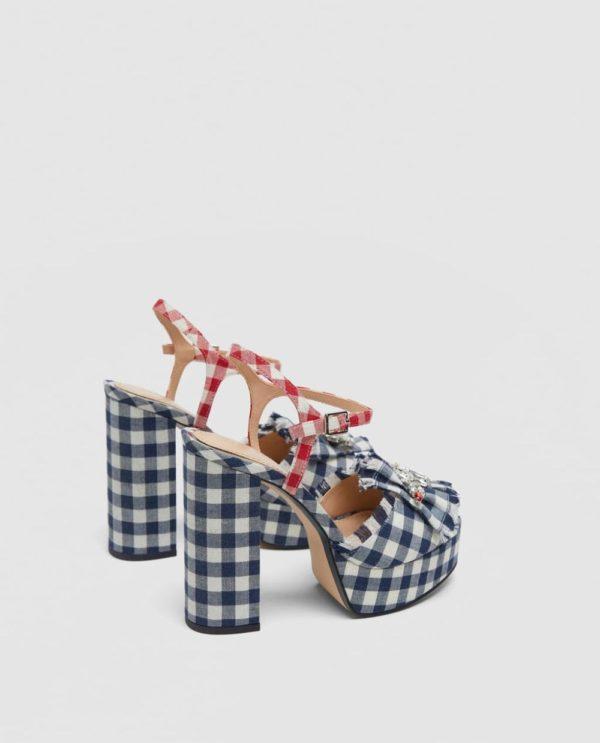 Модные женские туфли: в клеточку на толстом каблуке