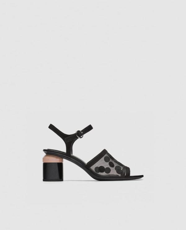 Модные женские туфли: черные на толстом каблуке