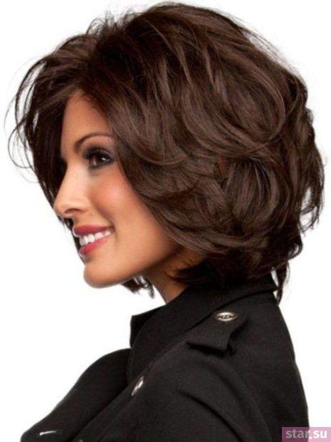 стрижка каскад на короткие волосы после 40 лет