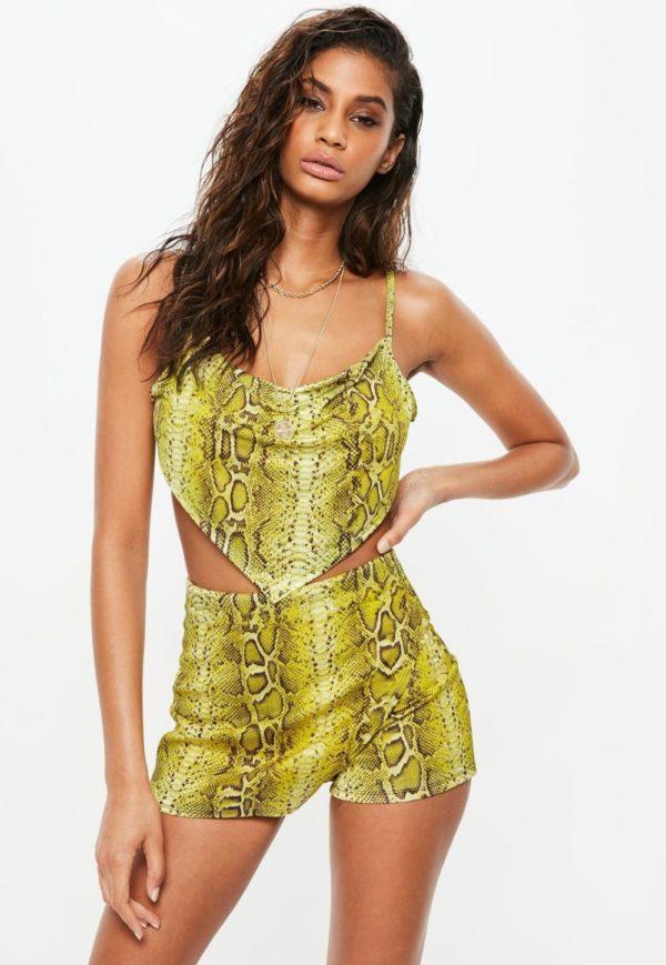 Летняя салатовая юбка мини 2019 года