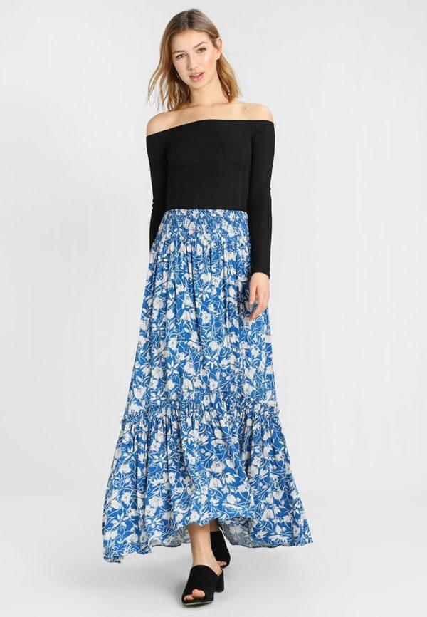 Летняя голубая юбка макси
