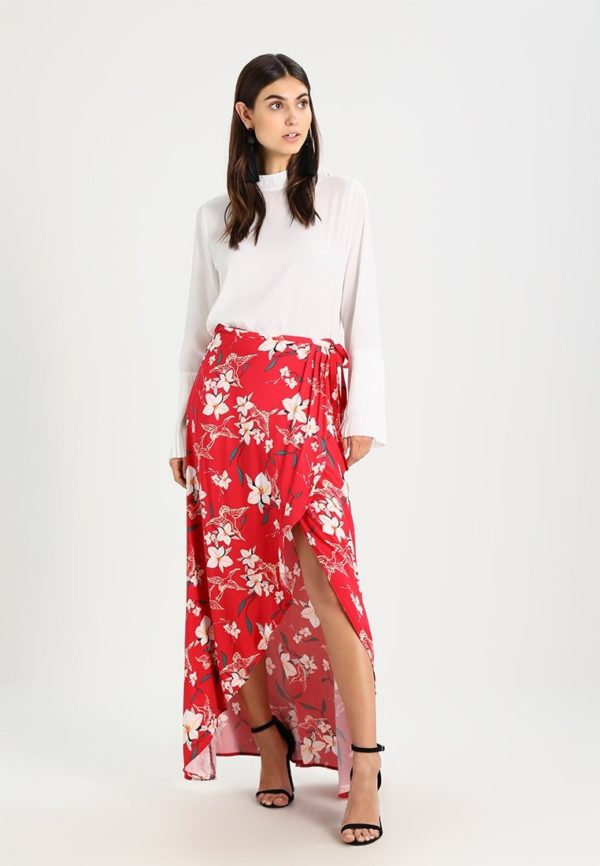 Летняя красная юбка макси