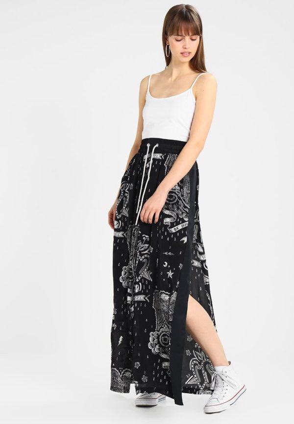 Летняя черная юбка макси