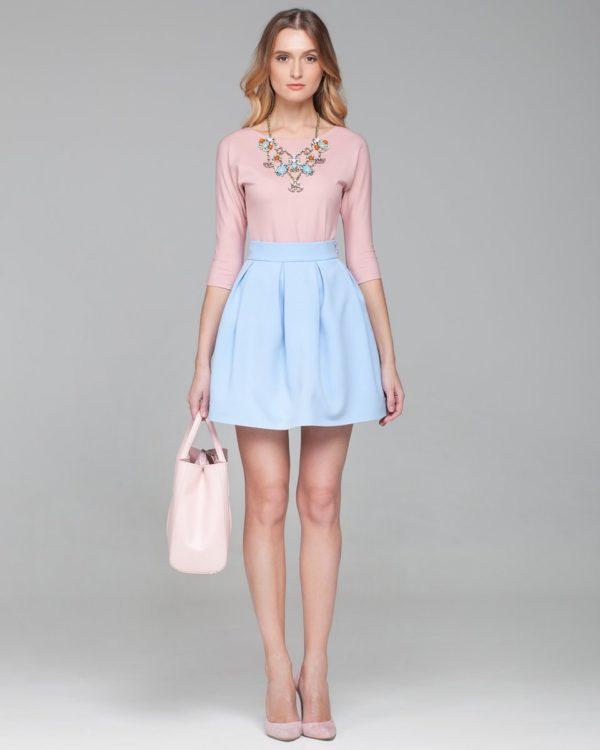 Летняя голубая пышная юбки
