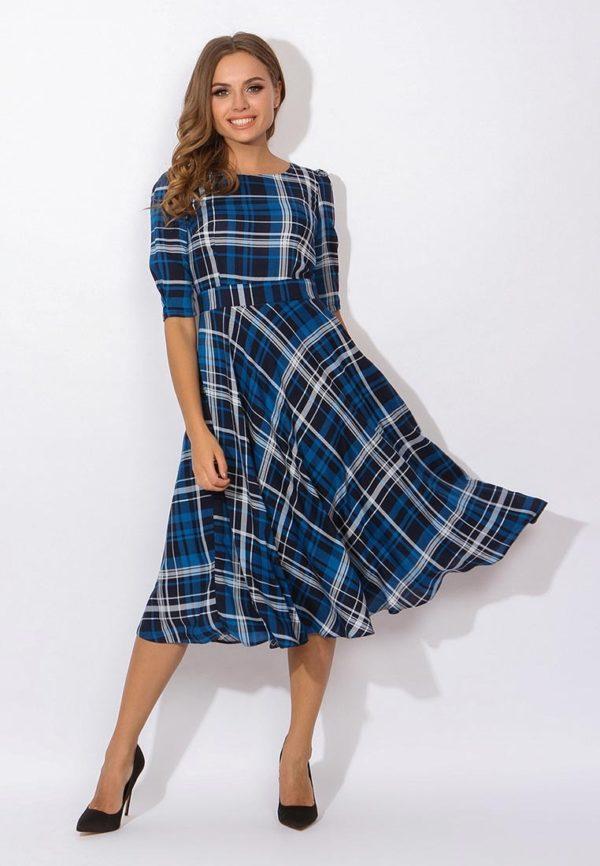синее платье клетка