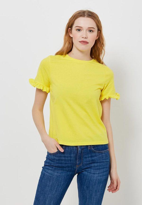 ярко-желтая футболка с рюшами