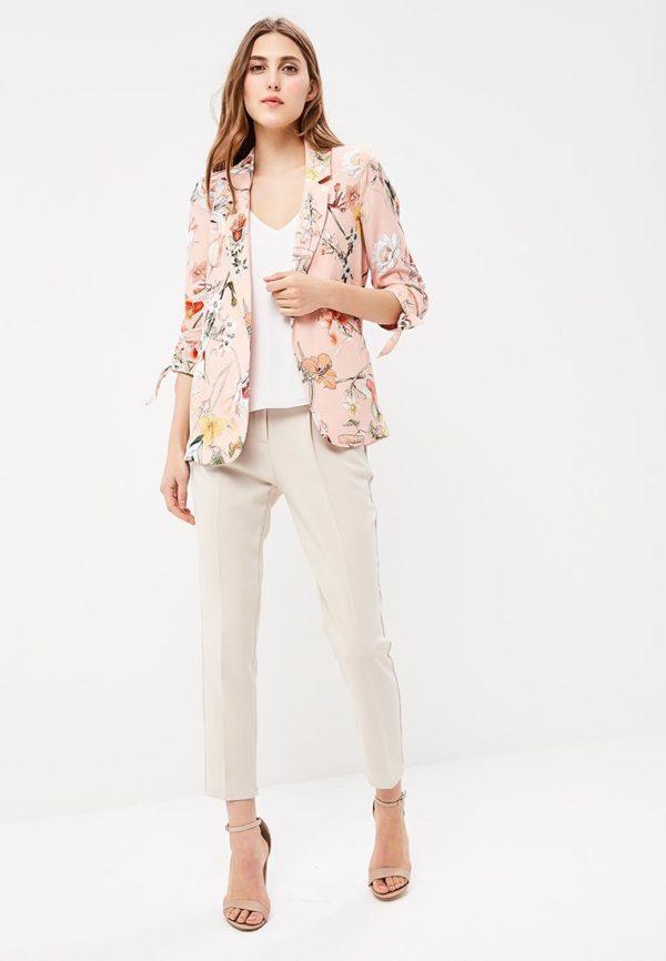 Мода весна лето 2019 для женщин за 30: розовый пиджак