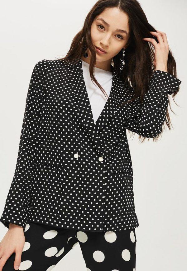 Мода весна лето 2020 для женщин за 30: пиджак в горох