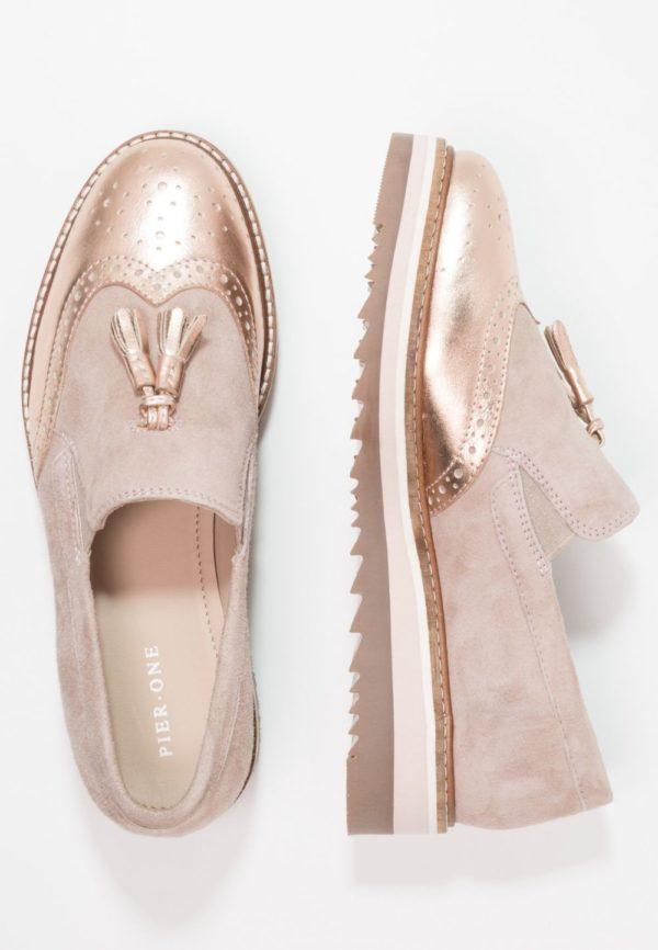 женская обувь весна лето 2019: Розовые лоферы