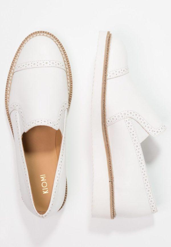 женская обувь весна лето 2019: Белый лоферы
