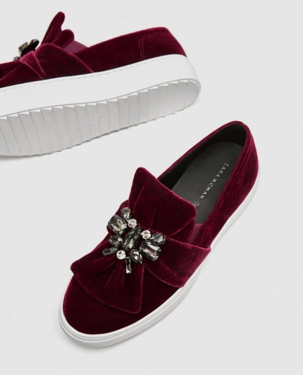 женская обувь весна лето: бордовые слипоны