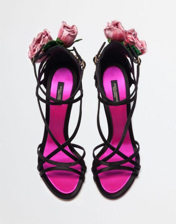 черные с розовым босоножки