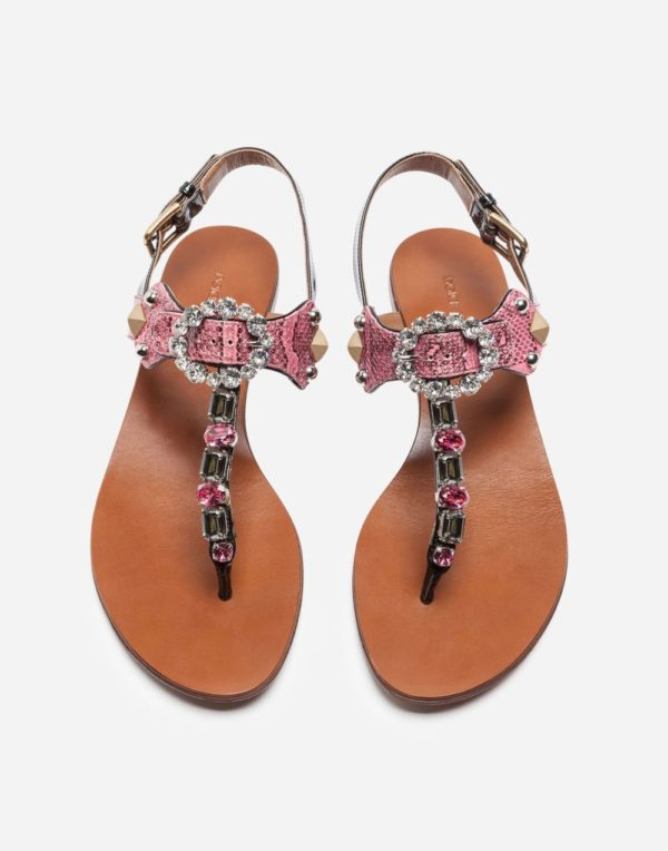 розовые сандалии