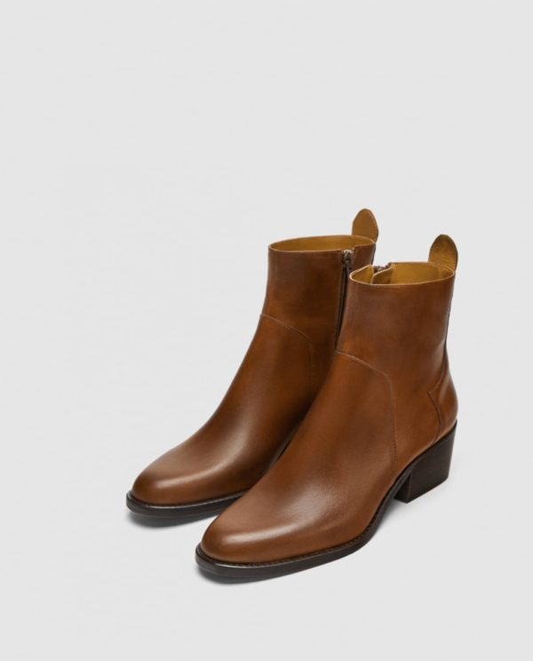 женские ботинки осень-зима 2019-2020: коричневые