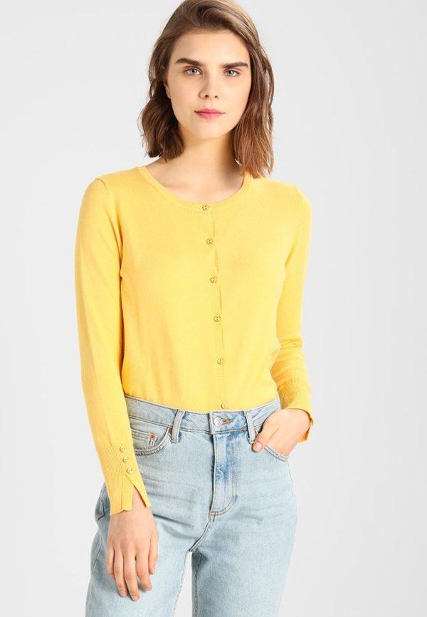 Модный кардиганы: желтый свитер