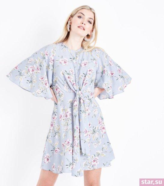 Модное голубое платье весна лето 2018 года