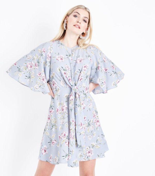 Модные тенденции весна лето: голубое платье