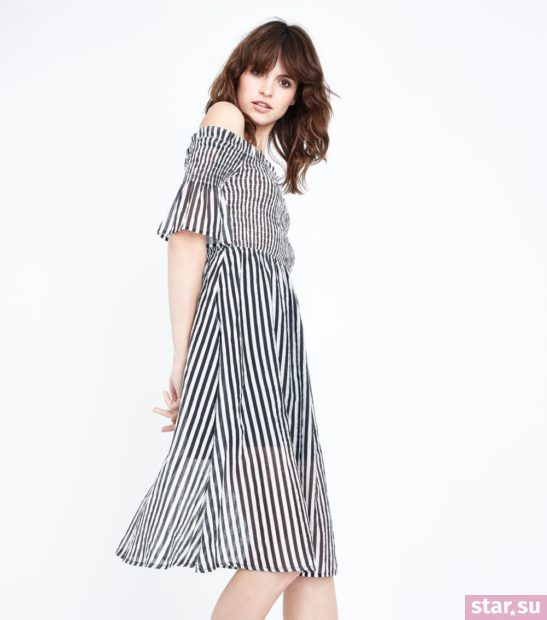Модное черное с белым платье весна лето 2018 года