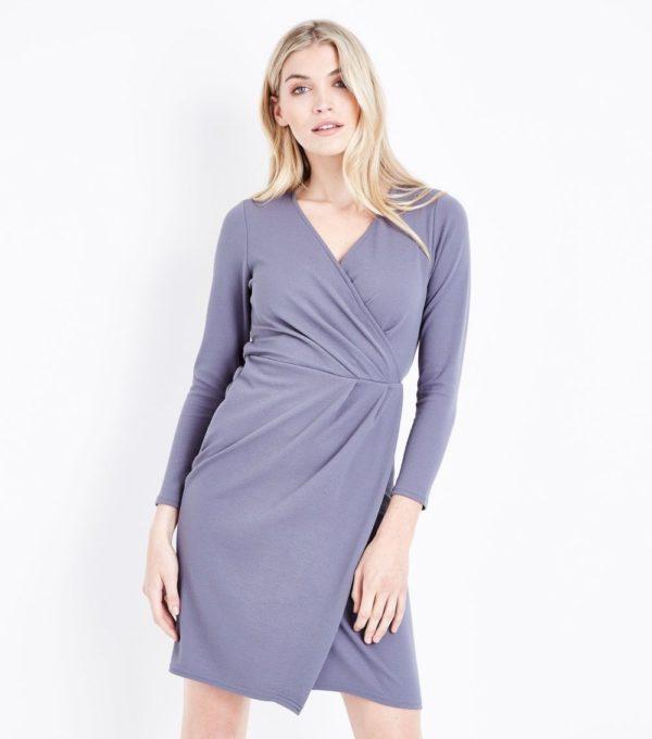 Модные тенденции весна лето: серое платье