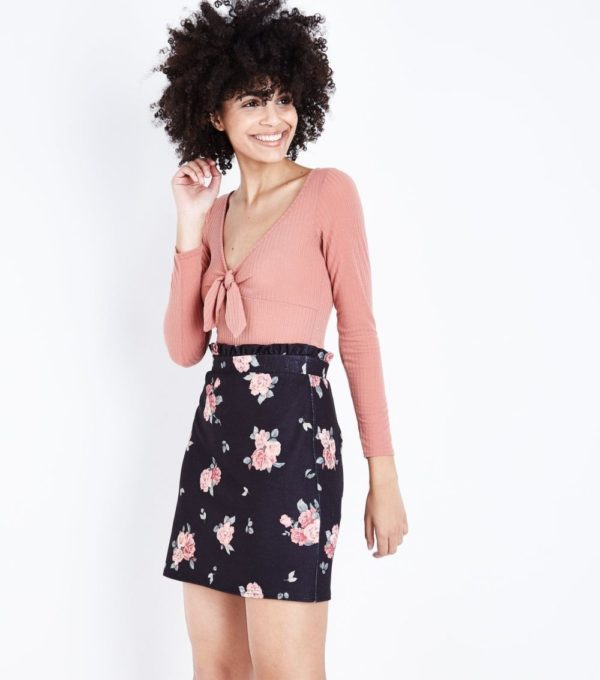 женская черная с розами юбка весна лето 2019 года