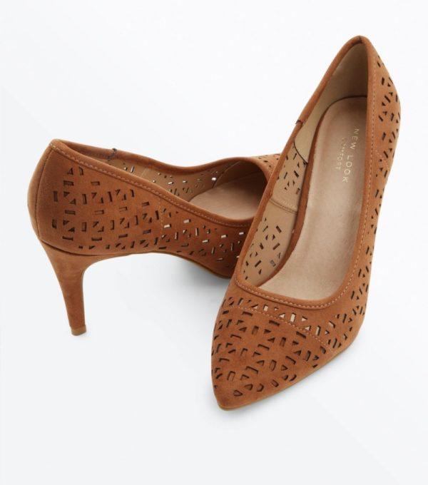 Модные тенденции весна лето 2020: женская коричневая обувь