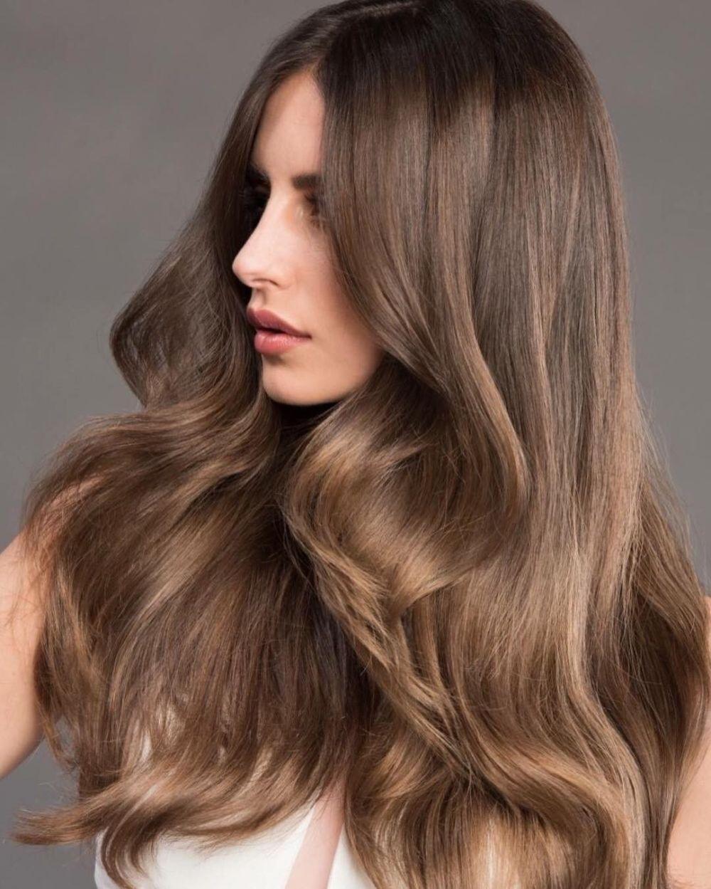 русый коричневый цвет волос фото ночное