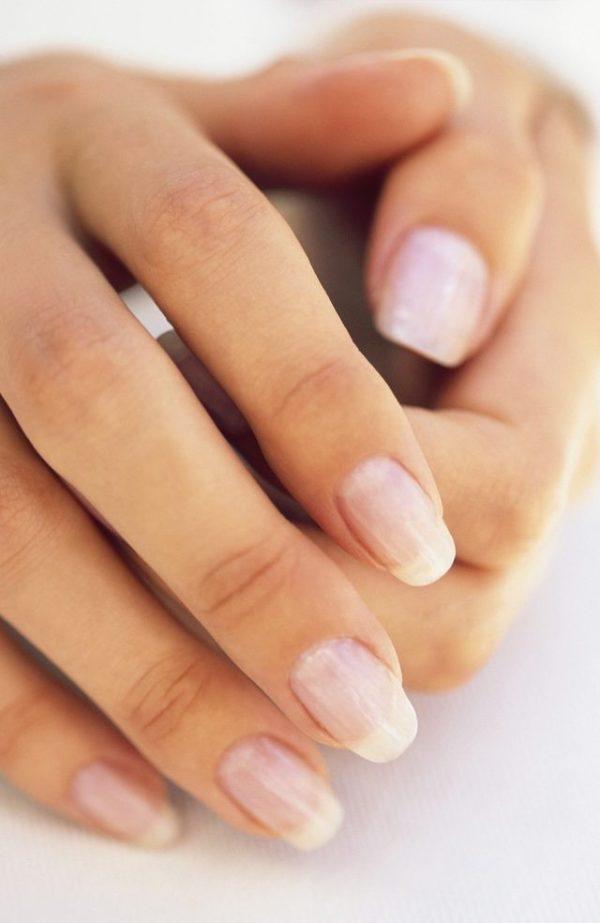 бесцветный лак для ногтей