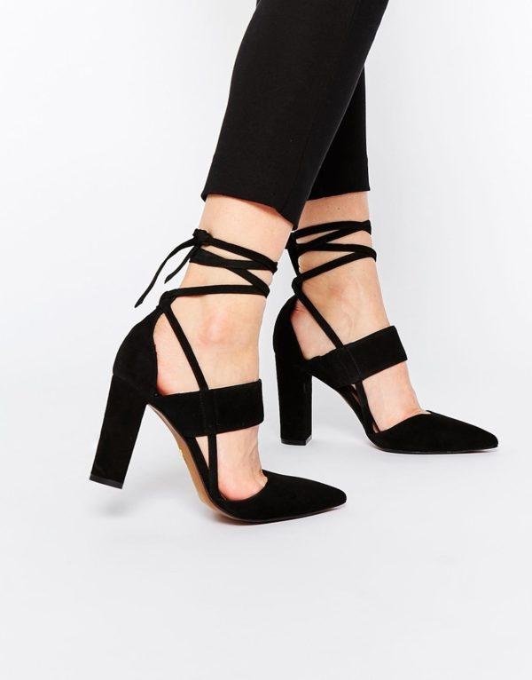 черные туфли со шнуровкой осень-зима 2019-2020