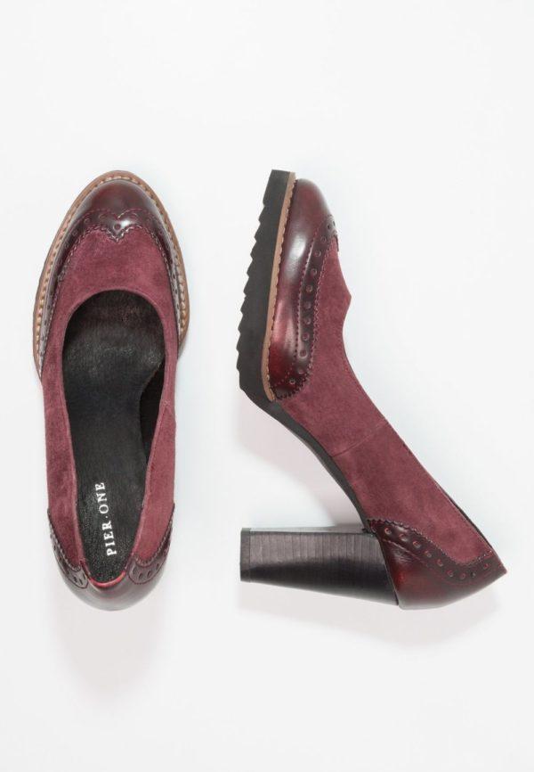 бардовые туфли на толстом каблуке