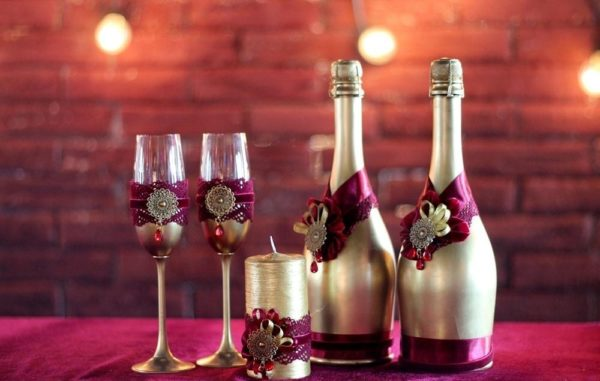 Свадьба в цвете марсала и золото