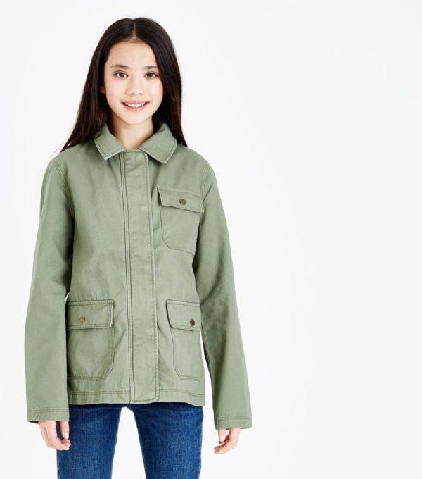 Оливковая куртка для девочки