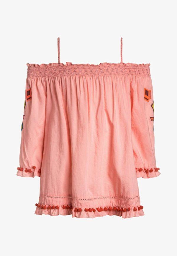 Детская мода 2018-2019: розовая блузка для девочки
