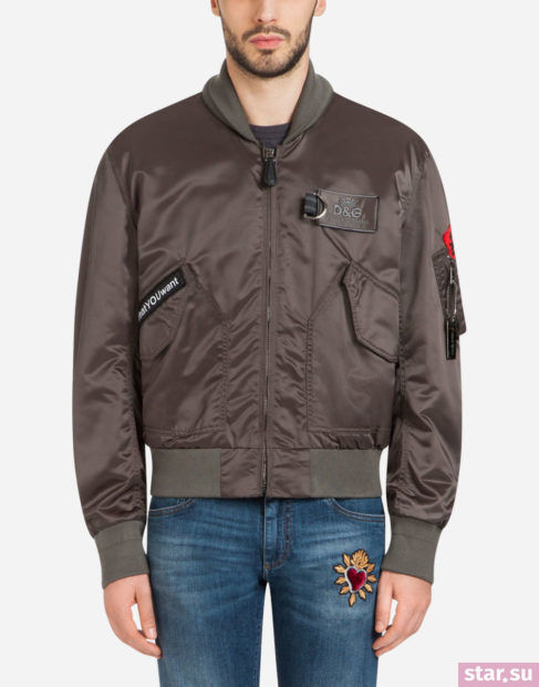 коричневая куртки весеннее-летнего сезона 2018