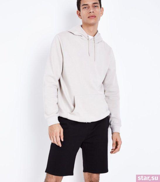 Модные черные мужские шорты сезона весна-лето 2018