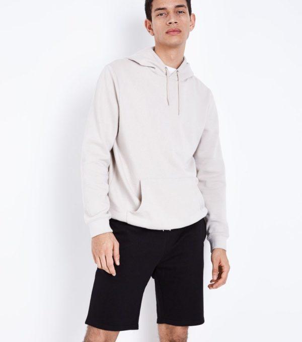 Модные черные мужские шорты сезона весна-лето 2019